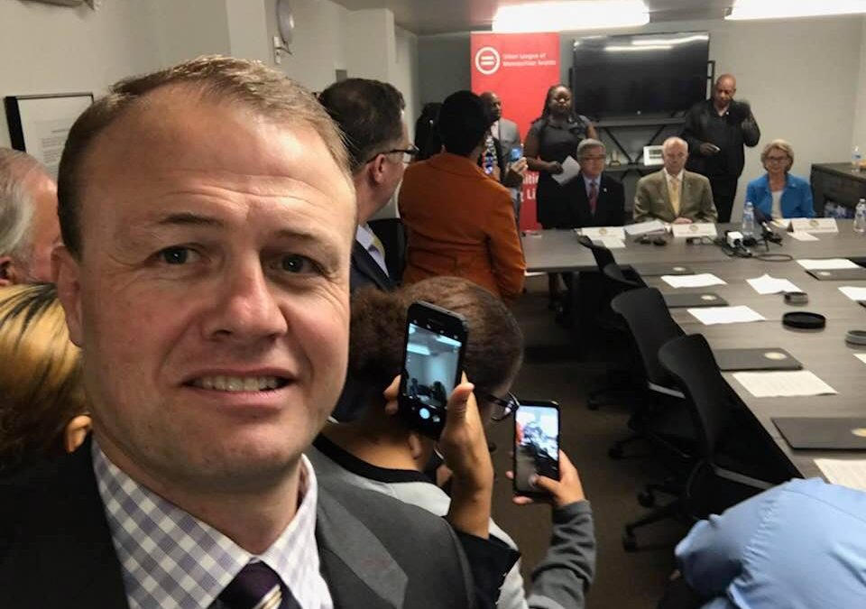 Eyman Confronts 3 Pro-Discrimination Governors At Their Press Conference